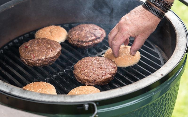 Mange gevulde hamburgers