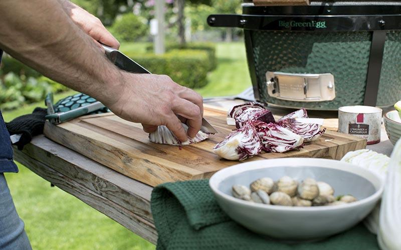 Pastasalade met kokkels gamba's en schelvis
