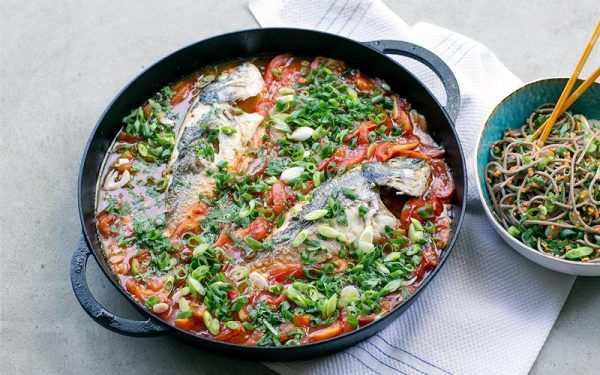 Fried sea bream in tomato sauce - cha chien
