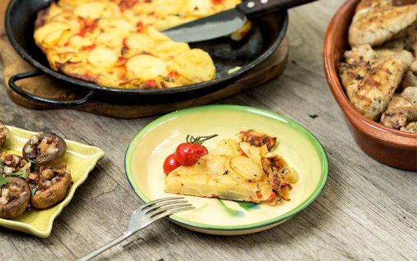 Aardappeltortilla met paprika