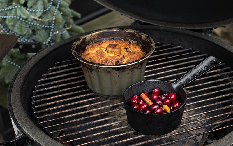 Kerststol met cranberrycompote