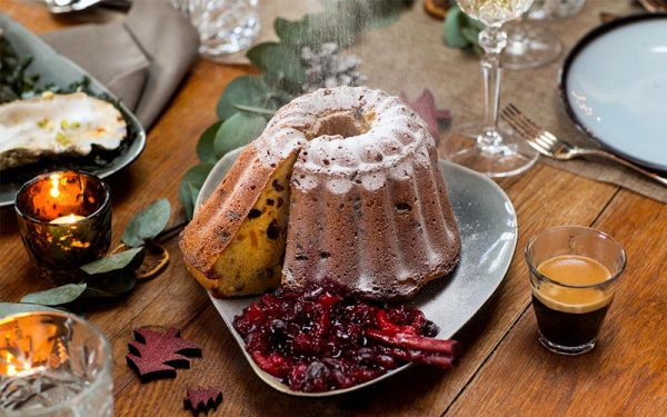 Christmas Loaf with Cranberries