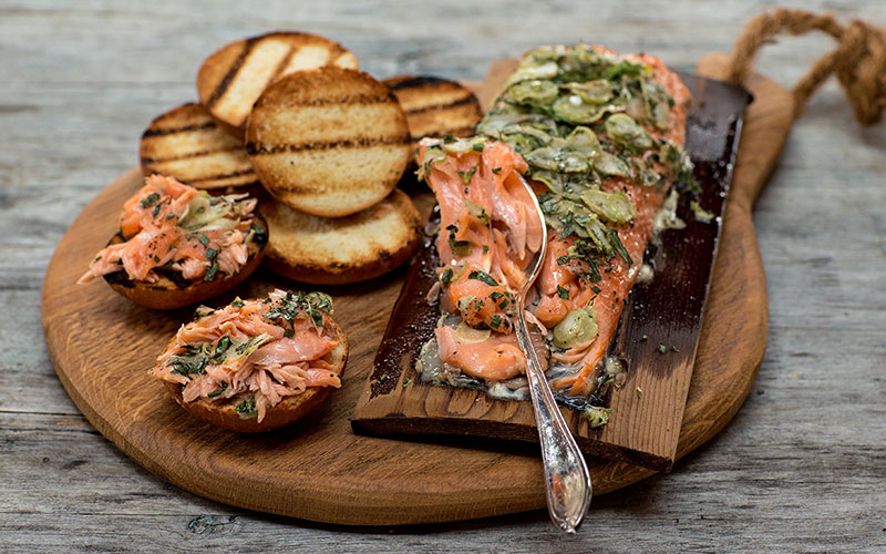 Salmon toasts from the Big Green Egg