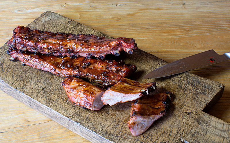Spare ribs with BBQ sauce
