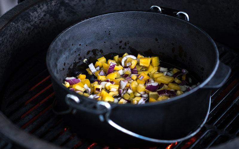 Gele curry met zalm