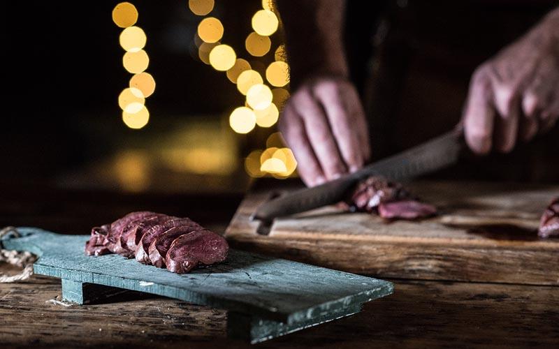Wordt het een tomahawk steak, gegrilde lamsrack of hertenbiefstuk?
