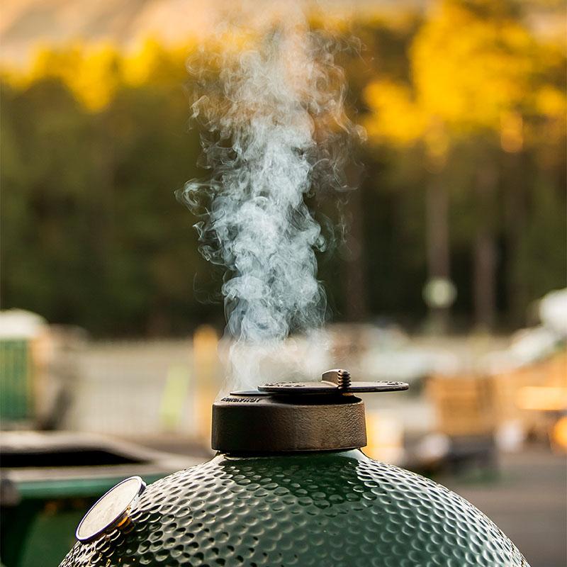 big green egg large smoke
