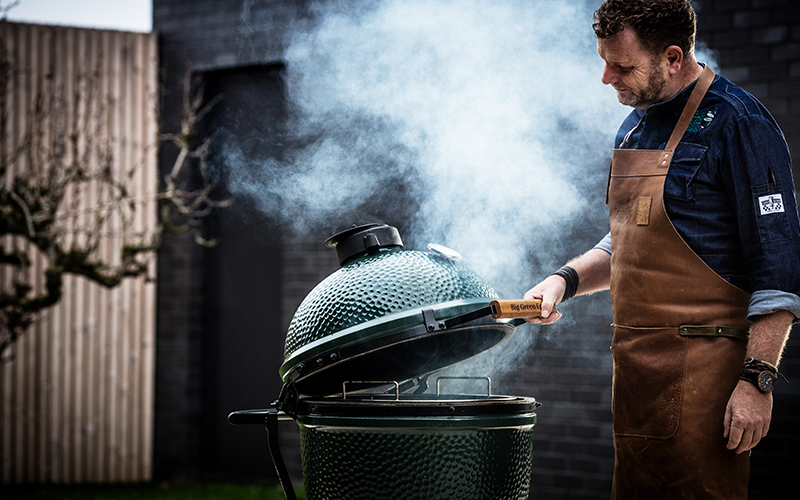 Stomen op de Big Green Egg