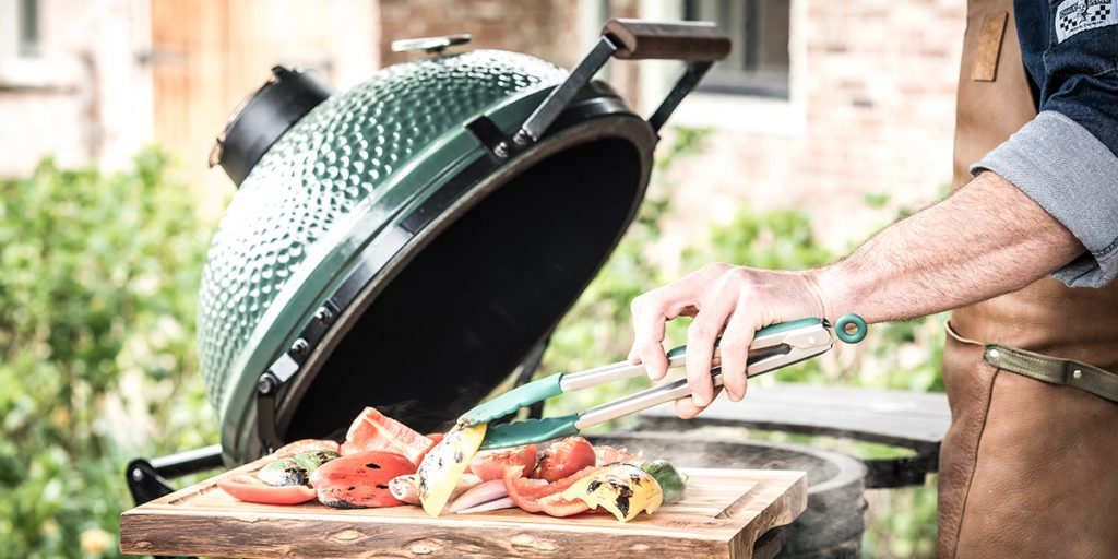 Grilling on the Big Green Egg