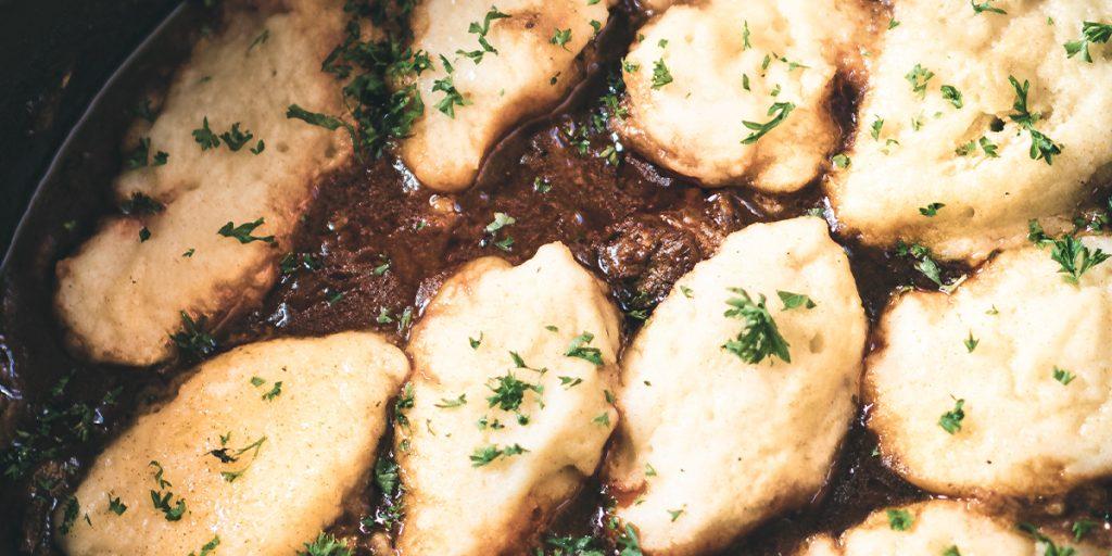 Goulash de bœuf avec dumplings